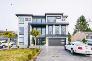 Photo 2: 6340 CHARBRAY Place in Surrey: Cloverdale BC House for sale (Cloverdale)  : MLS®# R2560301