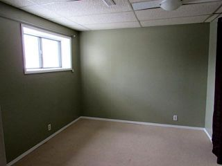 Photo 13: 32 FALLINGWORTH Place NE in CALGARY: Falconridge Residential Detached Single Family for sale (Calgary)  : MLS®# C3606049