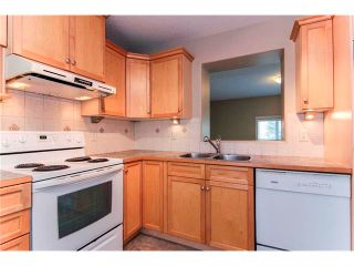 Photo 11: 50 DOVER Mews SE in Calgary: Dover House for sale : MLS®# C4024873