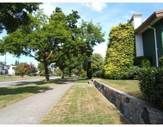 """Photo 3: 7288 VIVIAN Drive in Vancouver: Fraserview VE House for sale in """"FRASERVIEW"""" (Vancouver East)  : MLS®# V785867"""