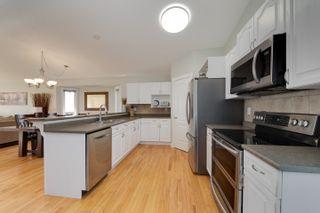 Photo 8: 16635 75 Street NW in Edmonton: Zone 28 House for sale : MLS®# E4247982