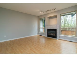 Photo 4: 1 22980 ABERNETHY Lane in Maple Ridge: East Central Townhouse for sale : MLS®# R2156977
