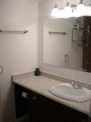 Photo 11: 111 9175 Mary Street in Chilliwack: Condo for sale : MLS®# H1200015