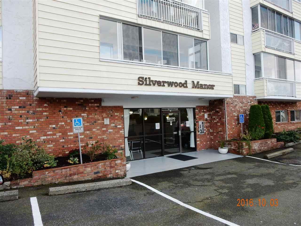 """Main Photo: 211 32070 PEARDONVILLE Road in Abbotsford: Abbotsford West Condo for sale in """"Silverwood Manor"""" : MLS®# R2113890"""