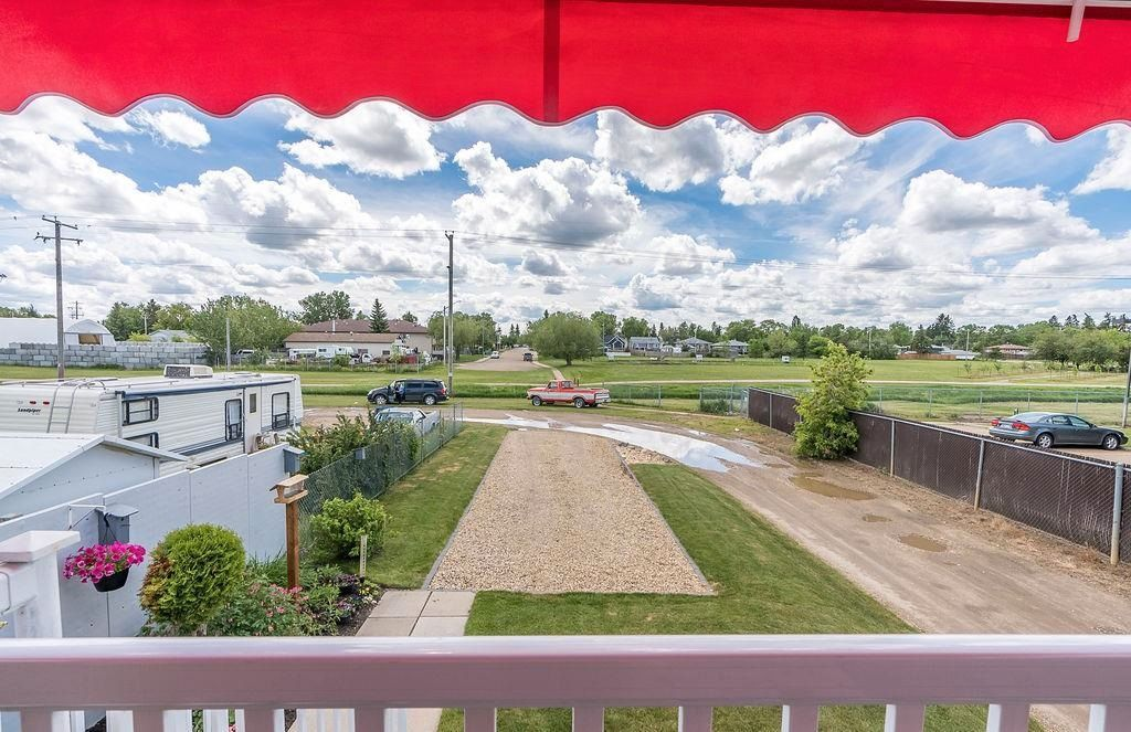 Photo 39: Photos: 5139 55 Avenue: Wetaskiwin Attached Home for sale : MLS®# E4249539