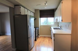 Photo 6: 26 4940 39 Avenue SW in Calgary: Glenbrook Row/Townhouse for sale : MLS®# C4302811