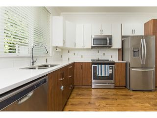 "Photo 7: 42 5858 142 Street in Surrey: Sullivan Station Townhouse for sale in ""BROOKLYN VILLAGE"" : MLS®# R2472025"