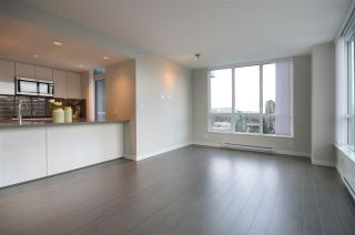 "Photo 7: 2308 3093 WINDSOR Gate in Coquitlam: New Horizons Condo for sale in ""THE WINDSOR BY POLYGON"" : MLS®# R2124649"