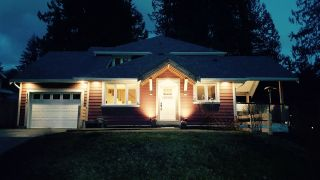 "Photo 1: 40177 BILL'S Place in Squamish: Garibaldi Highlands House for sale in ""Garibaldi Highland"" : MLS®# R2151264"