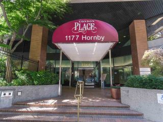 """Photo 13: 911 1177 HORNBY Street in Vancouver: Downtown VW Condo for sale in """"LONDON PLACE"""" (Vancouver West)  : MLS®# R2403414"""