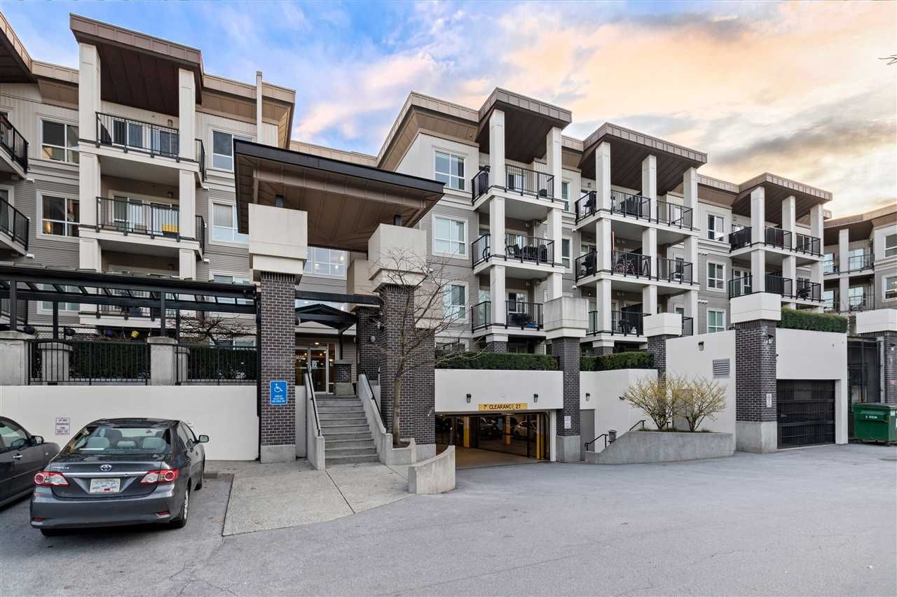 Main Photo: 212 9655 KING GEORGE Boulevard in Surrey: Whalley Condo for sale (North Surrey)  : MLS®# R2548909