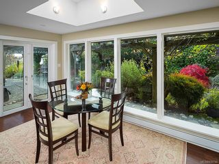 Photo 17: 3065 Surrey Rd in Oak Bay: OB Uplands House for sale : MLS®# 838744