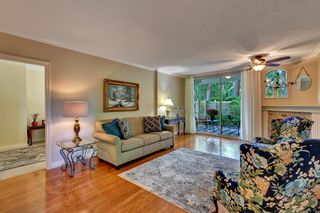 """Photo 7: 103 1745 MARTIN Drive in White Rock: Sunnyside Park Surrey Condo for sale in """"SOUTH WYND"""" (South Surrey White Rock)  : MLS®# R2617912"""