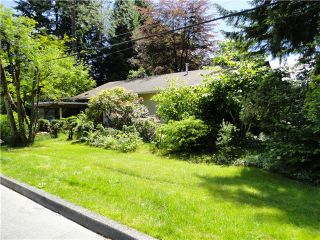 """Photo 1: 3924 OXFORD Street in Port Coquitlam: Oxford Heights House for sale in """"036 Oxford Heights/Central Poco"""" : MLS®# V1043141"""