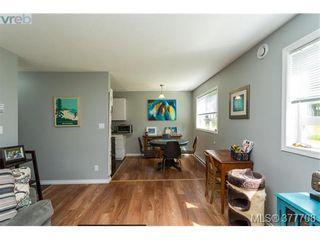 Photo 8: 110 2529 Wark St in VICTORIA: Vi Hillside Condo for sale (Victoria)  : MLS®# 758419