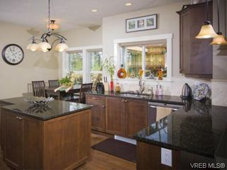 Photo 5: 3355 Sewell Rd in VICTORIA: Co Triangle House for sale (Colwood)  : MLS®# 572108