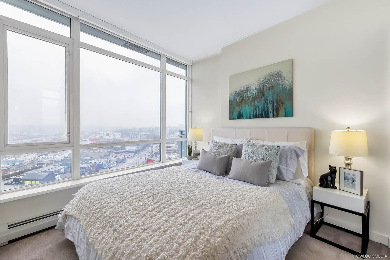 Photo 5: Photos: 1903 1775 QUEBEC Street in Vancouver: Mount Pleasant VE Condo for sale (Vancouver East)  : MLS®# R2433958