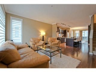 """Photo 1: 720 ORWELL Street in North Vancouver: Lynnmour Townhouse for sale in """"WEDGEWOOD"""" : MLS®# V1050702"""
