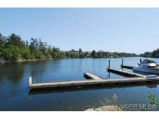 Photo 13: 403 1085 Tillicum Rd in VICTORIA: Es Kinsmen Park Condo for sale (Esquimalt)  : MLS®# 504110