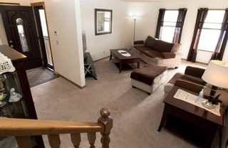 Photo 3: 76 Templeby Drive in Calgary: Temple Detached for sale : MLS®# A1077458