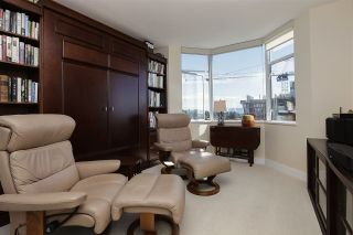 """Photo 15: 1301 123 E KEITH Road in North Vancouver: Lower Lonsdale Condo for sale in """"VICTORIA PLACE"""" : MLS®# R2210489"""