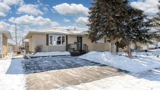 Photo 2: 1339 Athabasca Street West in Moose Jaw: Palliser Residential for sale : MLS®# SK840201