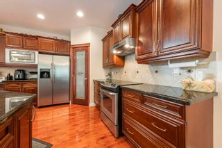 Photo 16: 721 HOLLINGSWORTH Green in Edmonton: Zone 14 House for sale : MLS®# E4259291