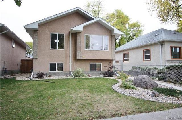FEATURED LISTING: 448 Roberta Avenue Winnipeg