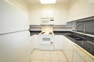 Photo 11:  in Vancouver West: Condo for sale : MLS®# R2075940