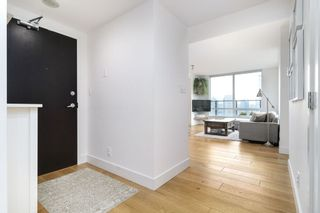 "Photo 5: 1901 1055 HOMER Street in Vancouver: Yaletown Condo for sale in ""DOMUS"" (Vancouver West)  : MLS®# R2245157"