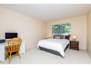 Photo 6: 315 450 BROMLEY Street in Coquitlam: Coquitlam East Condo for sale : MLS®# R2068910