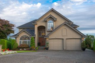 Photo 1: 2646 GRANITE COURT in Coquitlam: Westwood Plateau House for sale : MLS®# R2109137