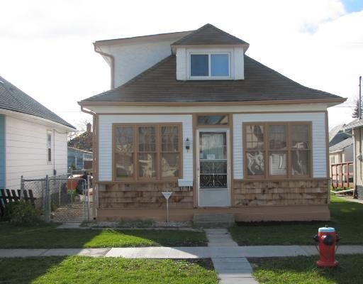 Main Photo: 532 WASHINGTON Avenue in WINNIPEG: East Kildonan Residential for sale (North East Winnipeg)  : MLS®# 2820488