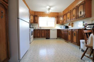 Photo 3: 2213 Douglas Avenue in North Battleford: Residential for sale : MLS®# SK846153