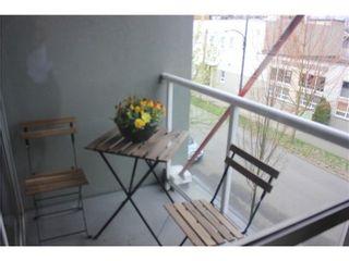 Photo 10: C8 238 10TH Ave E in Studio 10: Mount Pleasant VE Home for sale ()  : MLS®# V1000212