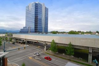 """Photo 3: 1812 10777 UNIVERSITY Drive in Surrey: Whalley Condo for sale in """"City Point"""" (North Surrey)  : MLS®# R2182204"""