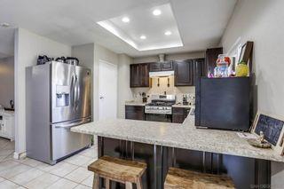 Photo 7: OCEANSIDE House for sale : 4 bedrooms : 158 Warner St