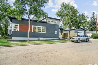 Photo 35: 402 27th Street West in Saskatoon: Caswell Hill Residential for sale : MLS®# SK868450