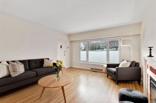 Photo 3: 3335 W 16TH Avenue in Vancouver: Kitsilano House for sale (Vancouver West)  : MLS®# R2538926