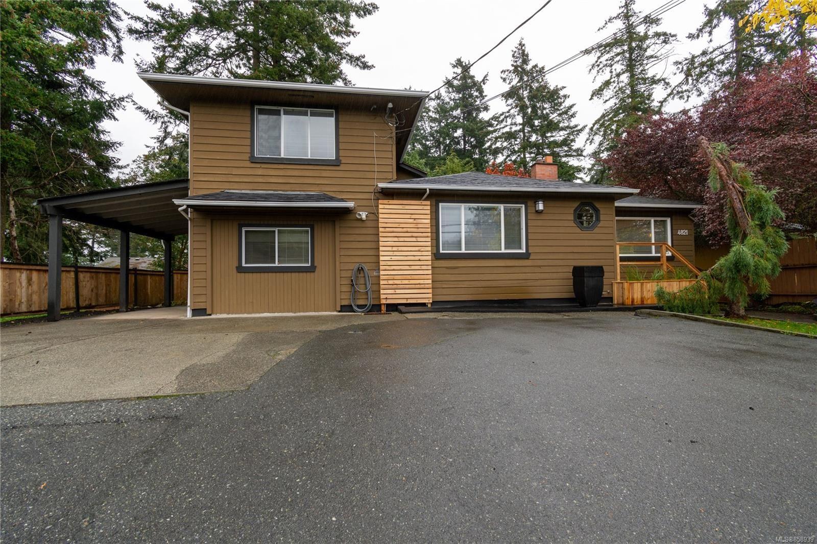 Main Photo: 4821 Cordova Bay Rd in : SE Cordova Bay House for sale (Saanich East)  : MLS®# 858939