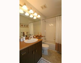 Photo 10: 95 2200 PANORAMA Drive in Port_Moody: Heritage Woods PM Townhouse for sale (Port Moody)  : MLS®# V772360