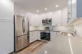 Photo 3: 218 7239 Sierra Morena Boulevard SW in Calgary: Signal Hill Apartment for sale : MLS®# A1102814