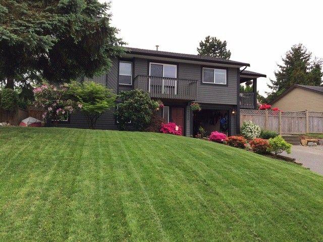 Main Photo: 26836 33RD AV in Langley: Aldergrove Langley House for sale : MLS®# F1413592