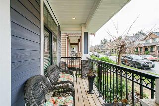 Photo 2: 5873 131A Street in Surrey: Panorama Ridge House for sale : MLS®# R2373398