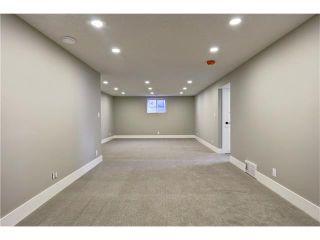 Photo 33: 179 WINDERMERE Road SW in Calgary: Wildwood House for sale : MLS®# C4103216