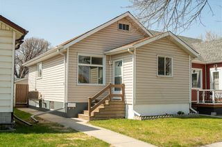 Photo 1: 390 Cairnsmore Street in Winnipeg: Sinclair Park Residential for sale (4C)  : MLS®# 202010390