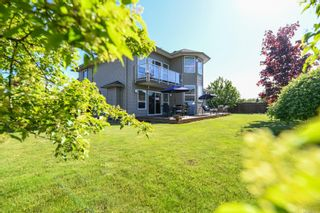 Photo 2: 633 Expeditor Pl in : CV Comox (Town of) House for sale (Comox Valley)  : MLS®# 876189