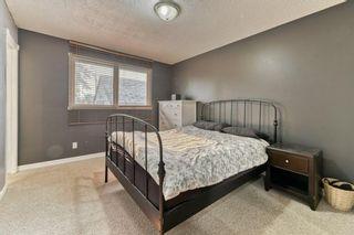 Photo 20: 439 Queensland Road SE in Calgary: Queensland Detached for sale : MLS®# A1134437
