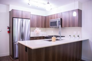 """Photo 5: 104 7088 14TH Avenue in Burnaby: Edmonds BE Condo for sale in """"Red Brick"""" (Burnaby East)  : MLS®# R2607521"""