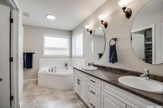 Photo 10: 215 Beechmont Crescent in Saskatoon: Briarwood Residential for sale : MLS®# SK851850